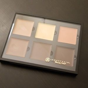 Anastasia Beverly Hills Cream Contour Kit (Medium)